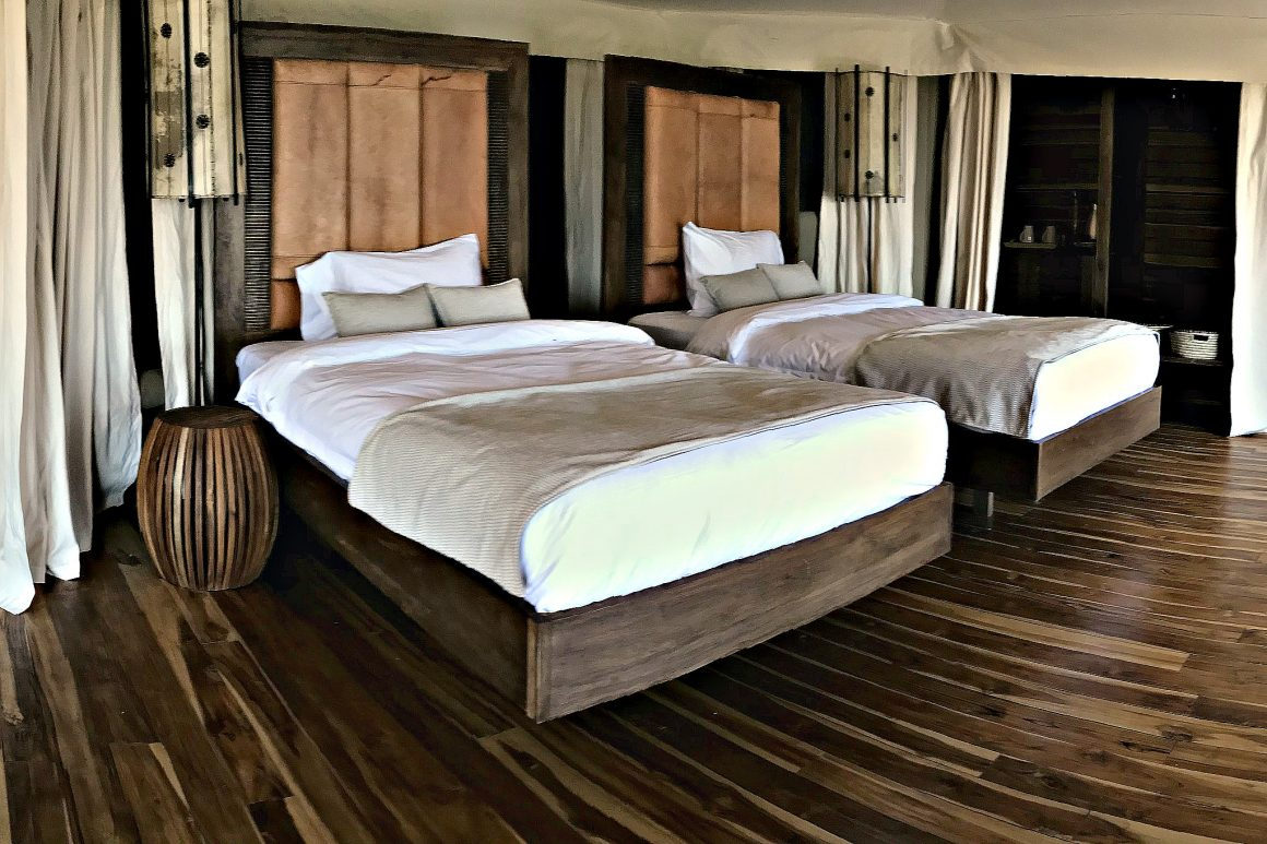 Aurari-Camp-twin-bedded-suite